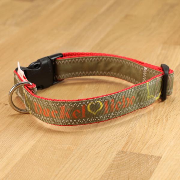 "Hundehalsband ""Dackelliebe"" Segeltuch oliv & rot"