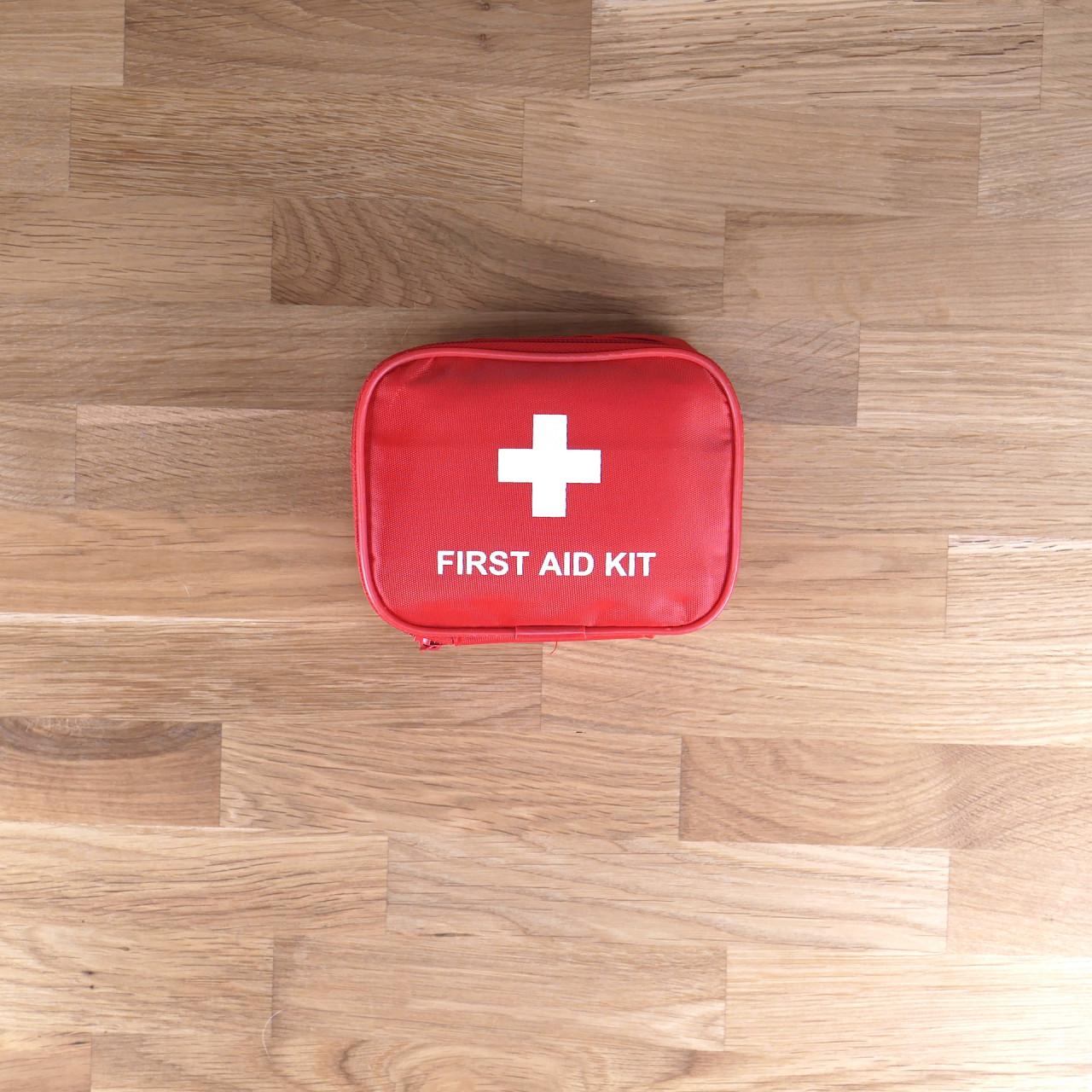 Erste-Hilfe-Box für Hunde