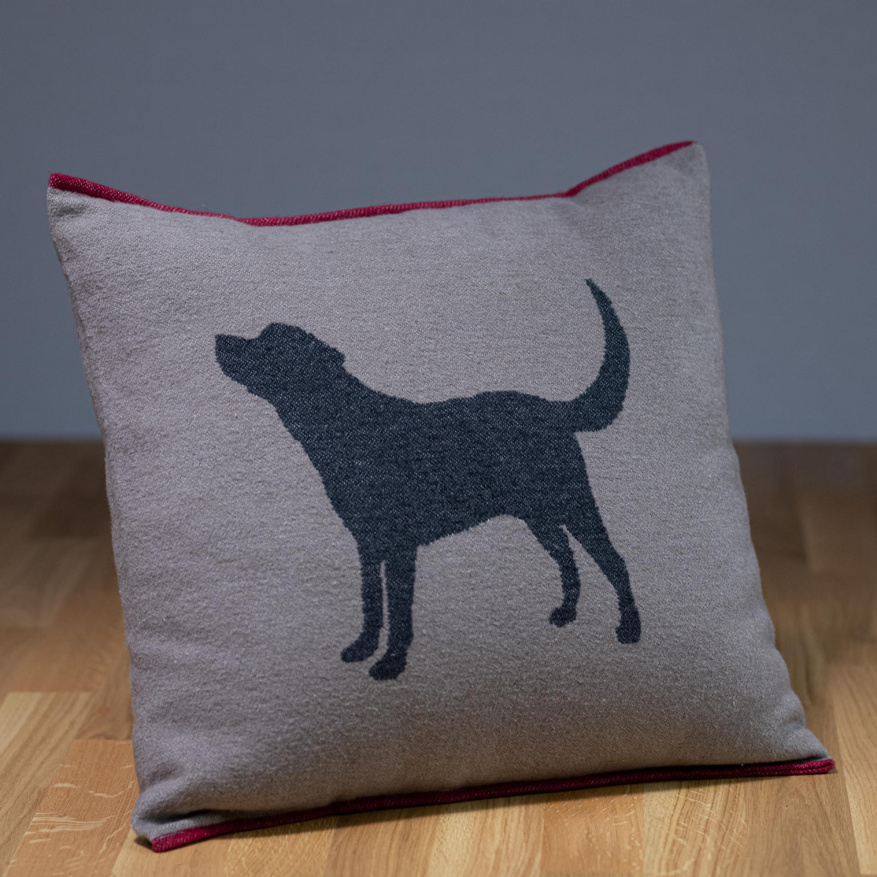 "Hundekissen ""Labrador"" beige-dunkelgrau"